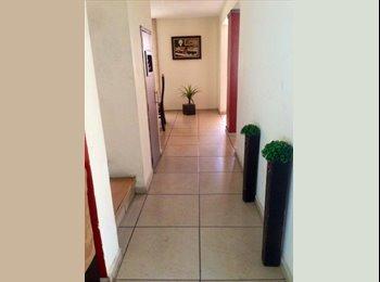 CompartoDepa MX - Habitación de lujo en casa junto a la Gran Plaza  - Otras, Guadalajara - MX$3,300 por mes