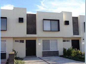 CompartoDepa MX - Habitación con baño propio  - Delegación Cayetano Rubio, Querétaro - MX$4,000 por mes