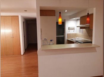 Room available in shared apartment close to Santa Fe...