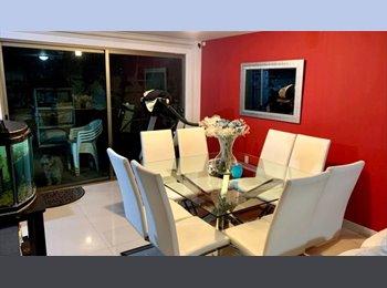 CompartoDepa MX - Rento Habitación en Casa Residencial  - Toluca, México - MX$4,000 por mes