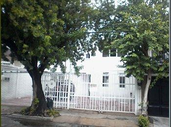 CompartoDepa MX - Habitación amueblada 4 cuadras del arco de la calzada - León, León - MX$4,500 por mes