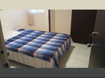 Rento cuarto cerca Plaza Américas