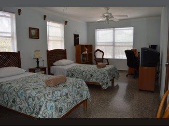 CompartoDepa MX - Comoda y espaciosa recamara amueblada se renta, Cancún - MX$4,100 por mes