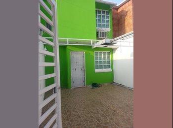 CompartoDepa MX - Rento casa amueblada a una cuadra  de walmart y sams playa norte, Veracruz - MX$3,900 por mes