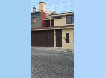 CompartoDepa MX - rento casa bonita a una cuadra del libramiento - Morelia, Morelia - MX$5,000 por mes