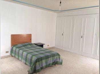 CompartoDepa MX - Habitaciones amuebladas frente a la UAA, todos los servicios., Aguascalientes - MX$2,400 por mes