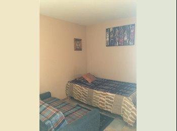 Rento Habitación en Casa Compartida