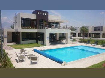 CompartoDepa MX - Comparto casa en zona cumbres Fraccionamiento Privado., Monterrey - MX$3,500 por mes