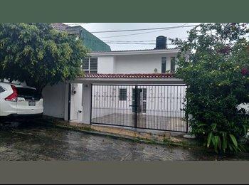 CompartoDepa MX - Casa en renta Mision San Carlos. 2 pisos, Xalapa Enríquez - MX$7,000 por mes