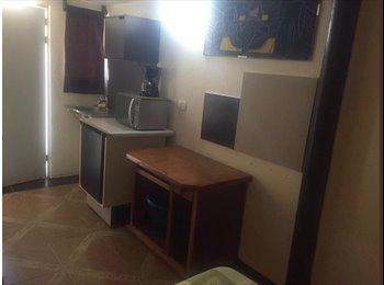 Habitaciones  amuebladas. con servicio de hotel