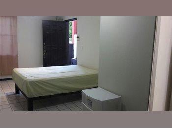 Se renta cuarto para estudiantes
