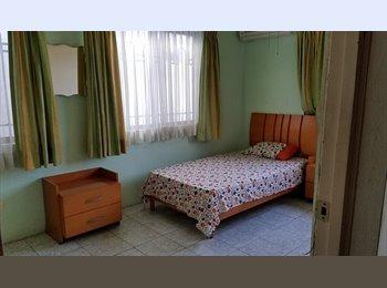 CompartoDepa MX - Rento cuarto para mujer colinas de san jerónimo, Monterrey - MX$4,000 por mes
