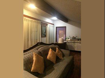 Rento bonita habitación cerca de Santa Fé.