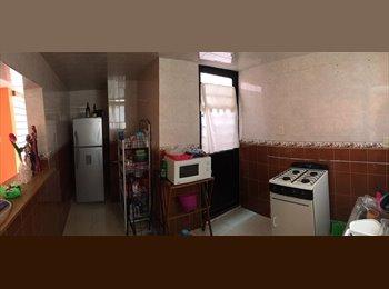 CompartoDepa MX - ¡¡¡Se Renta Cuarto En Casa Amplia!!!, San Luis Potosí - MX$2,500 por mes
