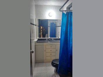 Se rentan habitaciones nuevas a caballeros. Buena ubicación