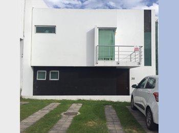 CompartoDepa MX - RENTO HABITACIONES EN BLVD. BOSQUES DE SANTA ANITA , Fraccionamiento Bosques Santa Anita - MX$2,700 por mes
