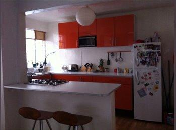Se renta cuarto en una casa en la Roma Norte