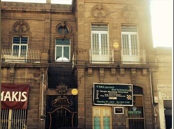 BUENAS VIBRAS HOUSE