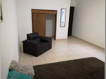 CompartoDepa MX - Renta 3 Habitaciones , San Luis Potosí - MX$2,000 por mes