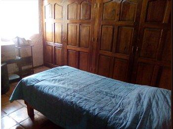 CompartoDepa MX - Casa bonita en Jardines Coloniales, Saltillo - MX$3,000 por mes