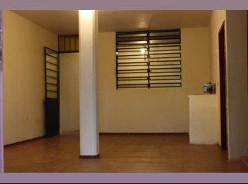 CompartoDepa MX - BONITA CASA EN RENTA EN VILLAHERMOSA, Villahermosa - MX$2,400 por mes