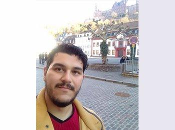 Emmanuel - 26 - Estudiante