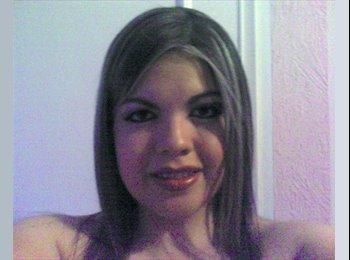 Maria De Lourdes - 25 - Profesional