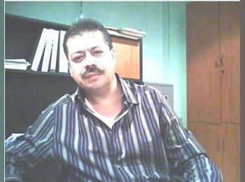 Eduardo  - 46 - Profesional
