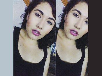 Fernanda  - 18 - Estudiante