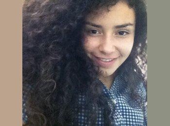 Leidy - 19 - Estudiante