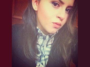 Dulce Garcia - 19 - Estudiante