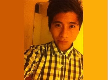 Julian  - 21 - Estudiante