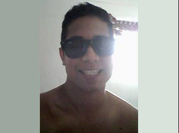 Emmanuel Fonseca - 21 - Profesional