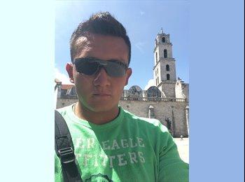 Héctor delgado Mexquit - 23 - Profesional