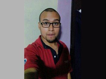 Carlos - 24 - Estudiante