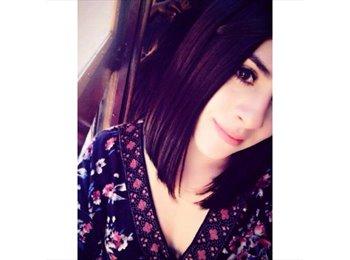 Silvia - 19 - Estudiante