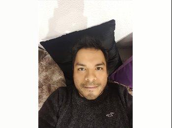 Javier Aparicio - 34 - Profesional