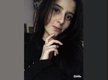 Aura Aglae - 18 - Estudiante