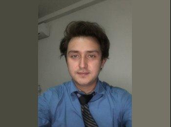 Alejandro Ojeda - 24 - Profesional