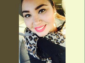 Diana Najera - 24 - Profesional
