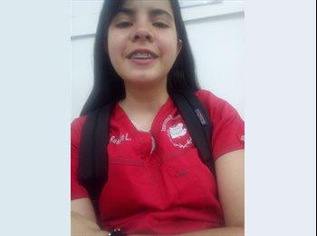 Erika - 19 - Estudiante