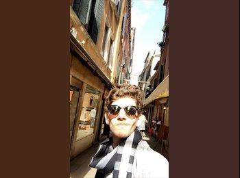 Daniel Lecumberri - 20 - Estudiante