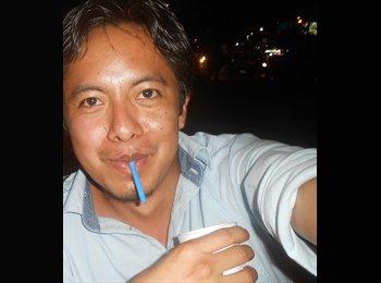 Ricardo  - 32 - Profesional