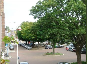 EasyKamer NL - Thomson Av. near Peace Palace + Center + Beach - Centrum, Den Haag - € 360 p.m.
