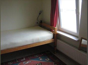 EasyKamer NL - gemeubileerde kamer te huur voor korte periodes - Heerlen, Heerlen - € 240 p.m.