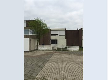 EasyKamer NL - Studentenkamer in het groene Zwanenveld, Nijmegen - € 280 p.m.