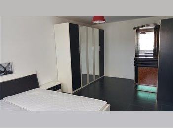 EasyKamer NL - Nice Room at Almere (Parkwijk) - Almere, Almere - € 500 p.m.