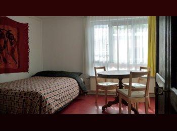 Clean room central Amsterdam - Waterlooplein