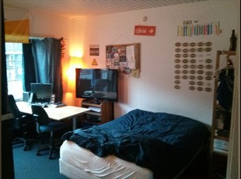 nice bright room