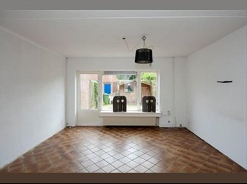 EasyKamer NL - Te huur kamers in Enschede vanaf €300,- All-in - Enschede, Enschede - € 300 p.m.